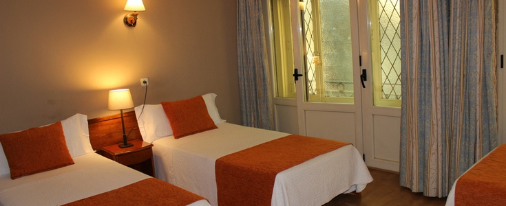 Chambre double+ lit extra hostal san lorenzo madrid